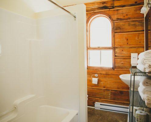 Chalet rustique Le Harfang - Salle de bain privée